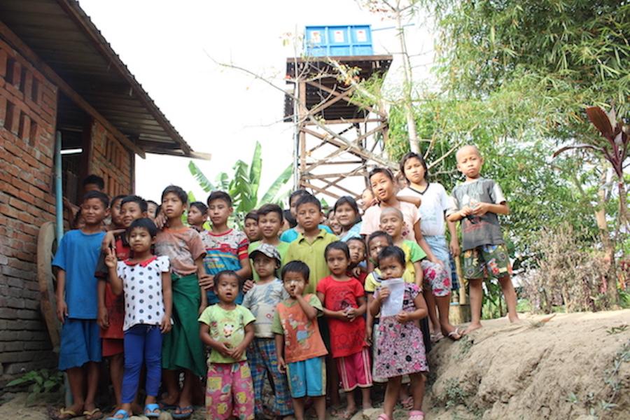 VATTENFÖRSÖRJNINGSPROJEKT VID BARNHEM I MYANMAR (BURMA) I ASIEN